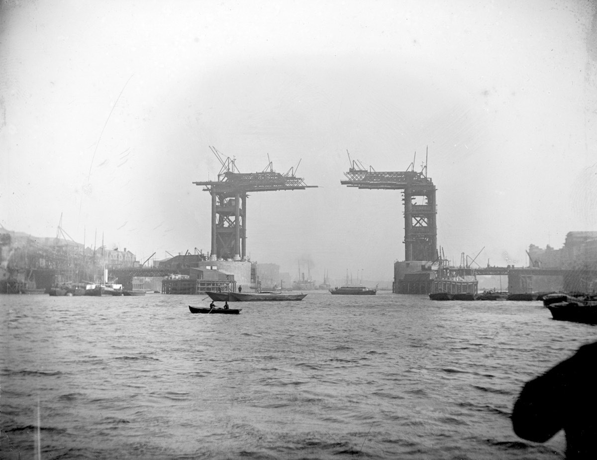 4.Tower_Bridge